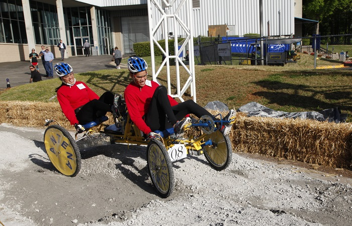 NASA's Great Moonbuggy Race Won by Puerto Rican Teams