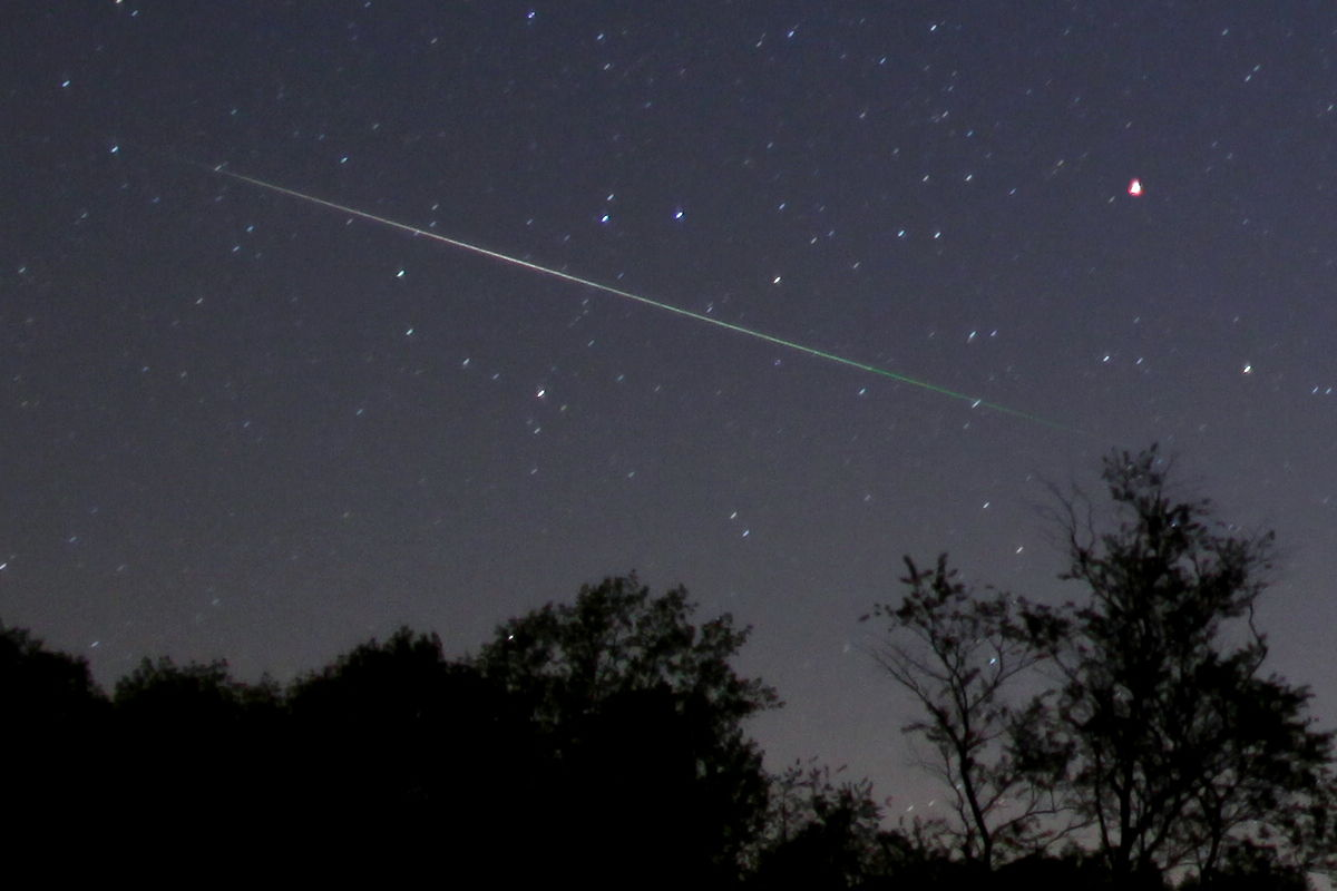 2013 Eta Aquarid Meteor Over Monkton, MD