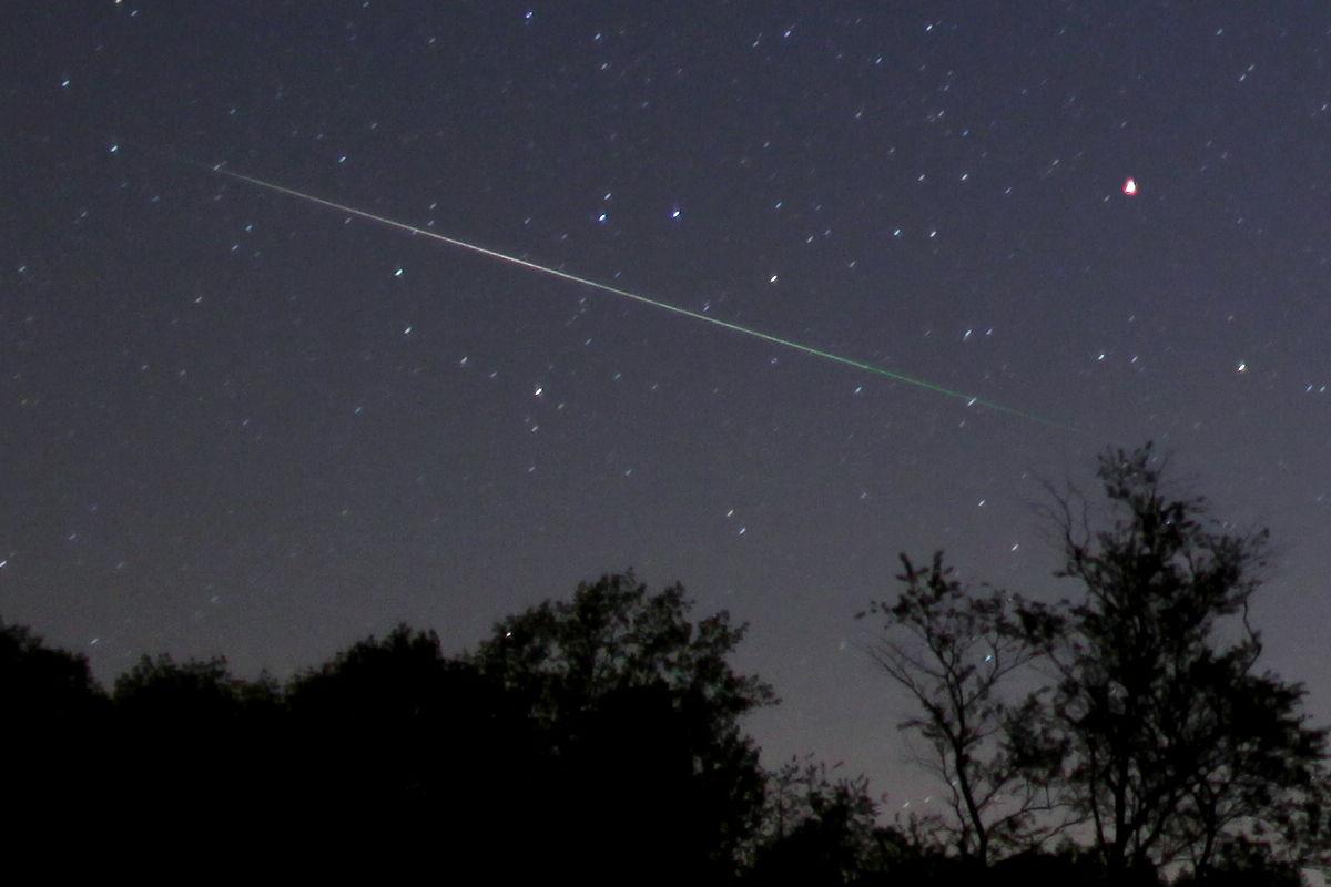 2013 Eta Aquarid Meteor Over Monkton, MD
