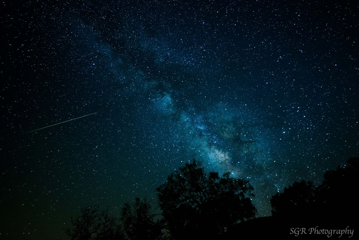 Eta Aquarid Meteor and the Galactic Center