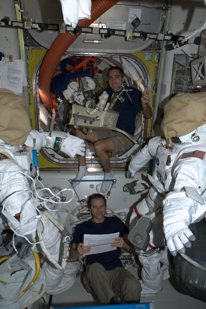 Ammonia-Leak Spacewalk Prep