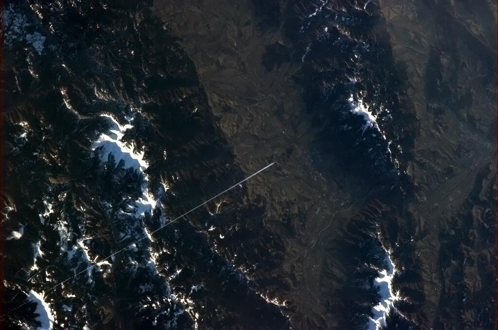 Jet Soars Across the Tatra Mountains