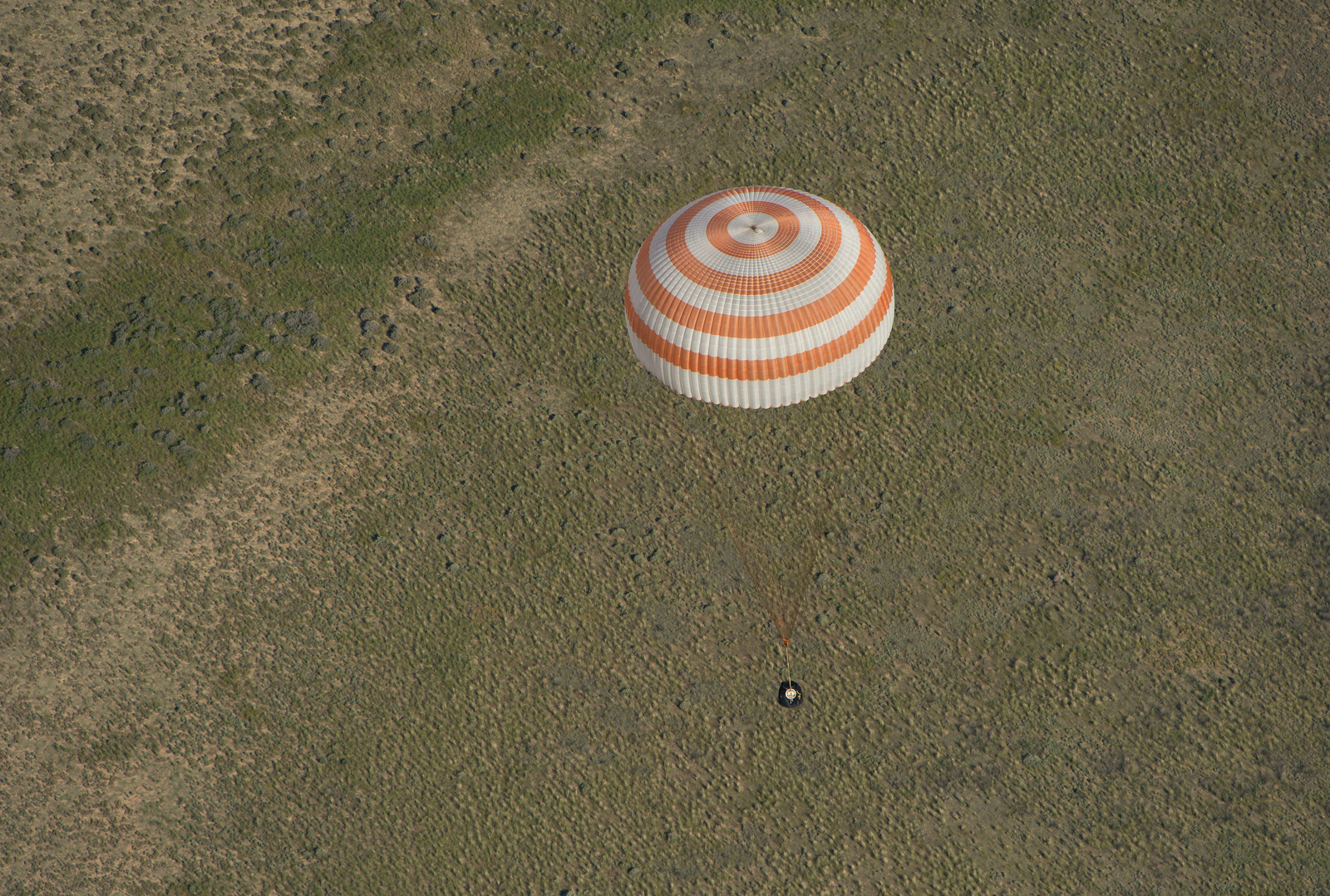 Soyuz TMA-07M Spacecraft Descends Over Kazakhstan