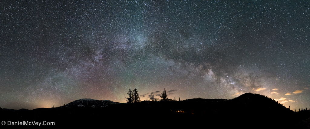 Summer Milky Way Rising With Airglow Over Colorado