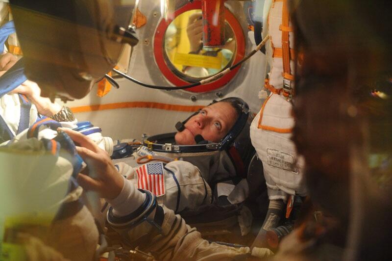 Karen Nyberg Inside Soyuz
