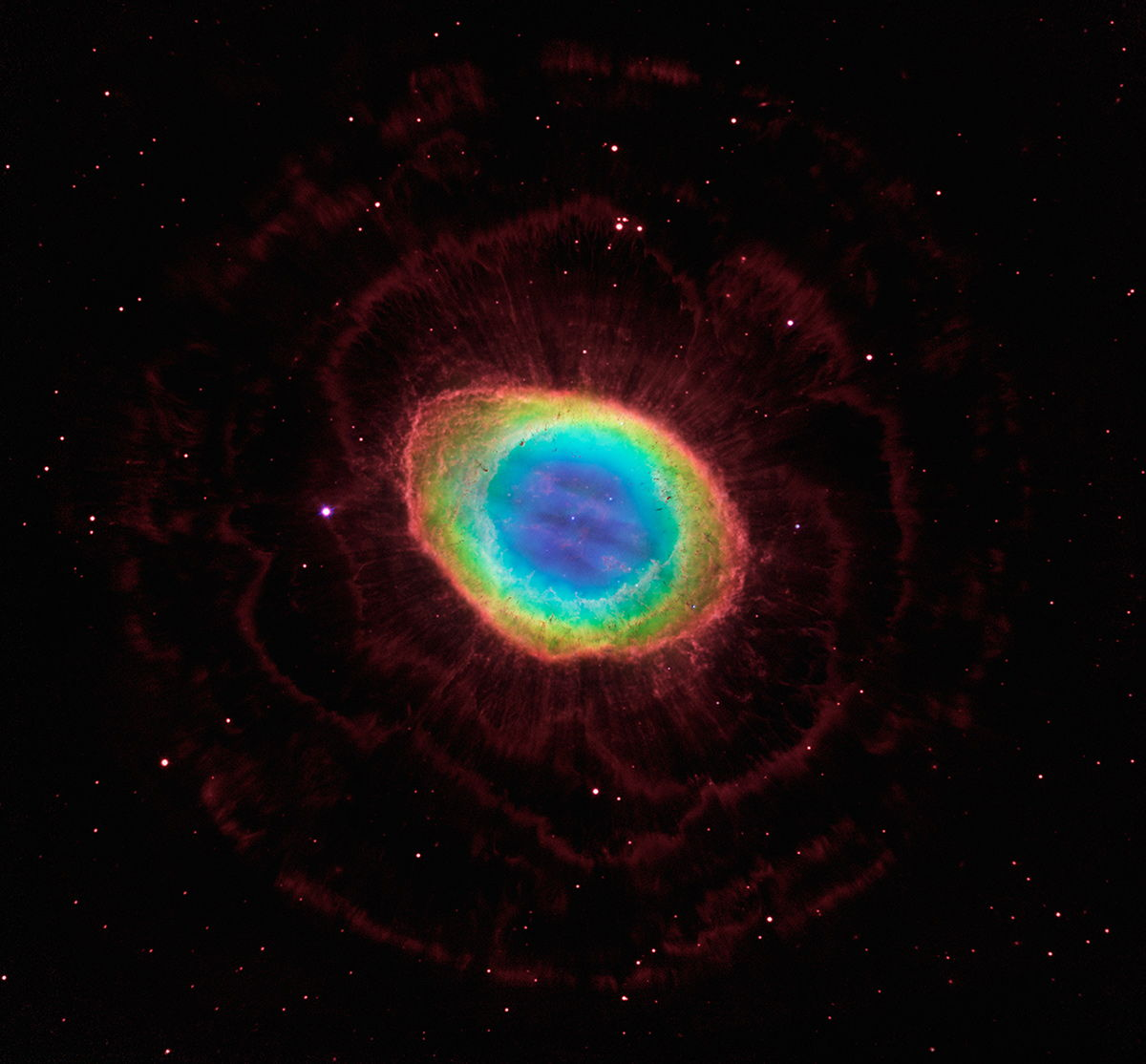 Hubble Telescope Reveals True 3D Shape of Ring Nebula (Photos)