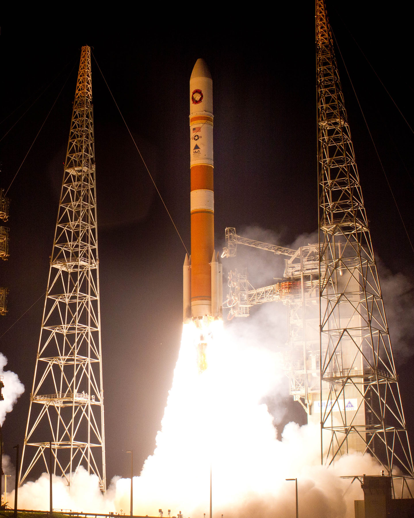 Night Launch: Delta 4 Rocket & WGS-5 Satellite