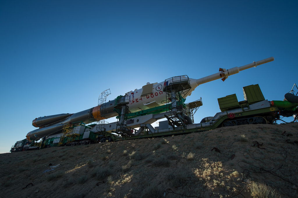 Expedition 36 Soyuz TMA-09M Rollout