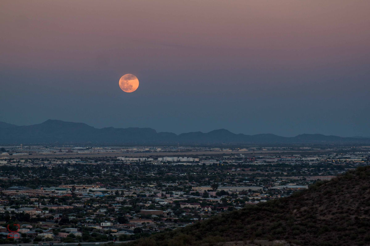 Moon Over Tucson, May 24, 2013
