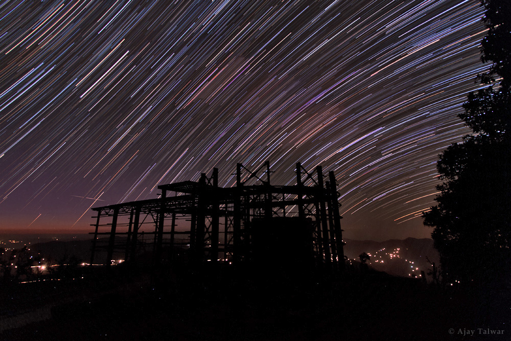 Spellbinding Star Trails Dazzle Over India's Devasthal Peak (Photo)