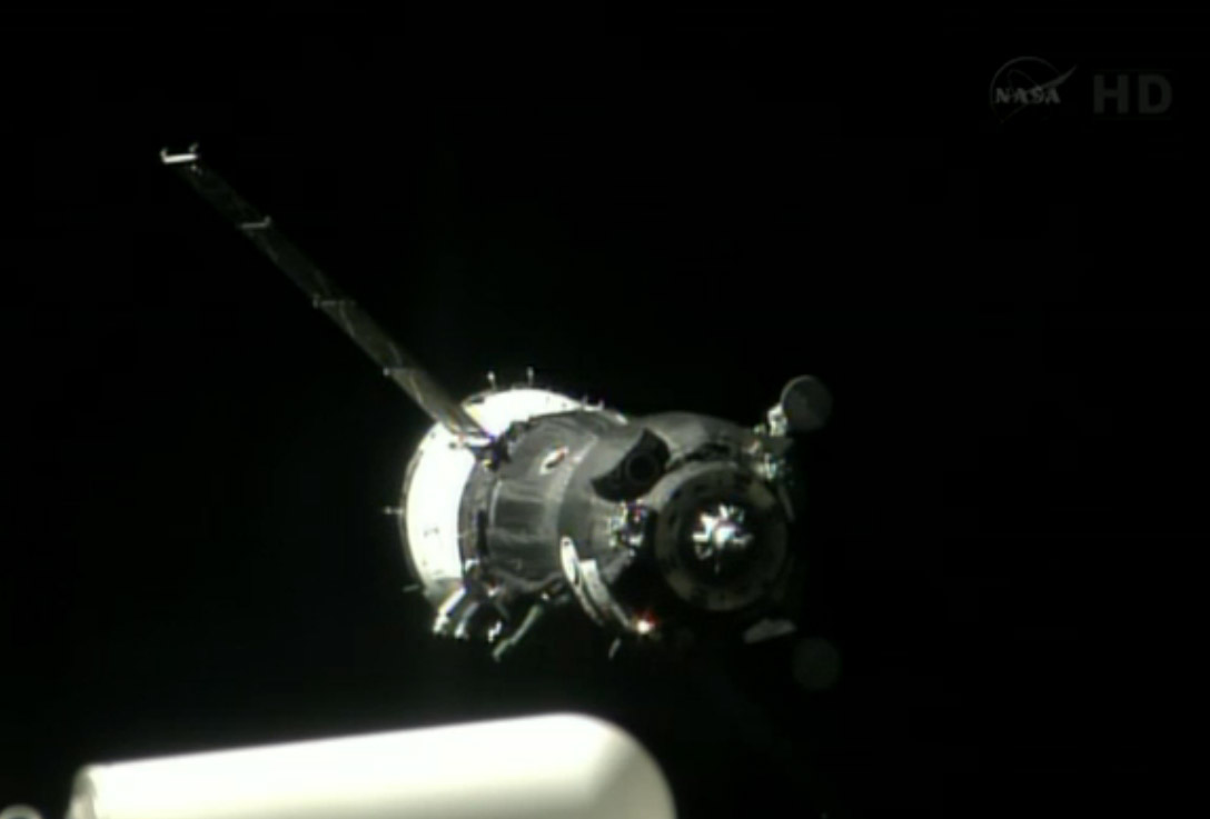 Soyuz Spacecraft Nears ISS: Expedition 36/37
