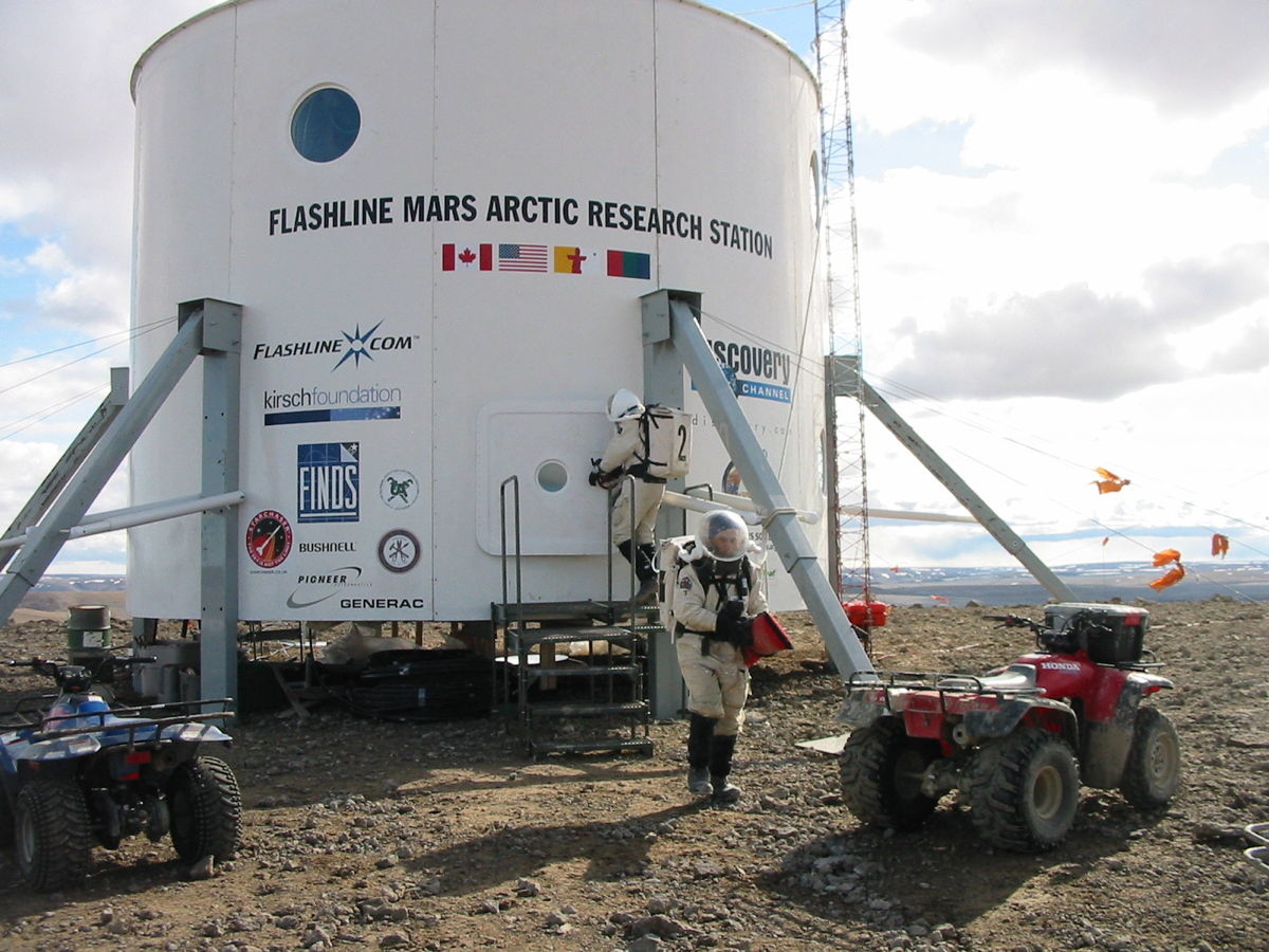 Flashline Mars Arctic Research Station (FMARS)