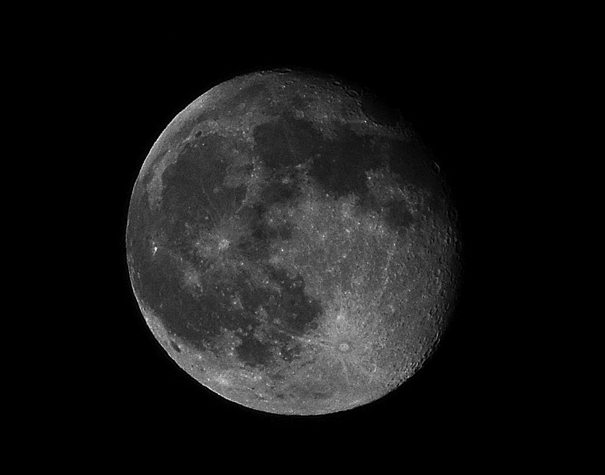 Waning Gibbous Moon on Sunday 05/26/13  in Bristol, CT