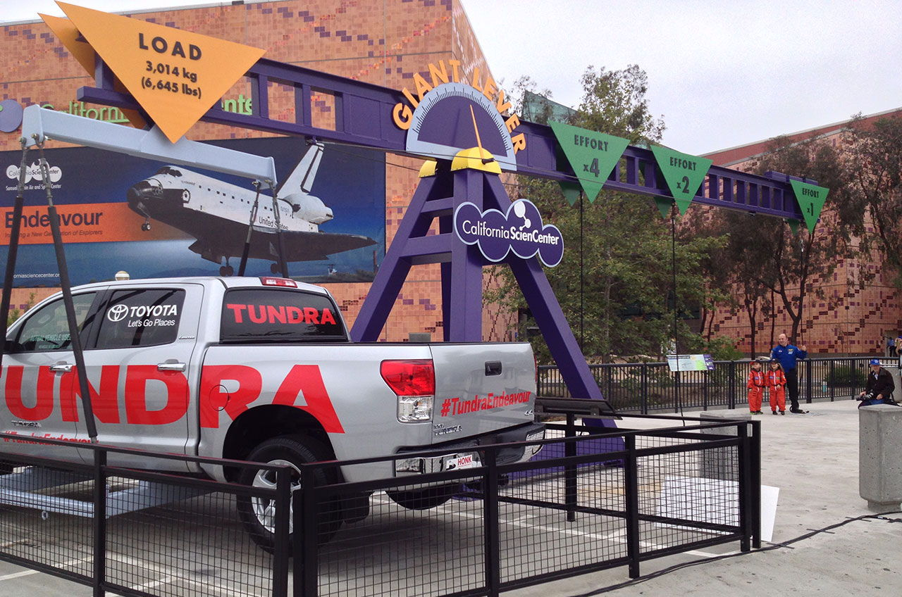 Space Shuttle Endeavour's Toyota Tow Truck Gives CA Science Center a Lift