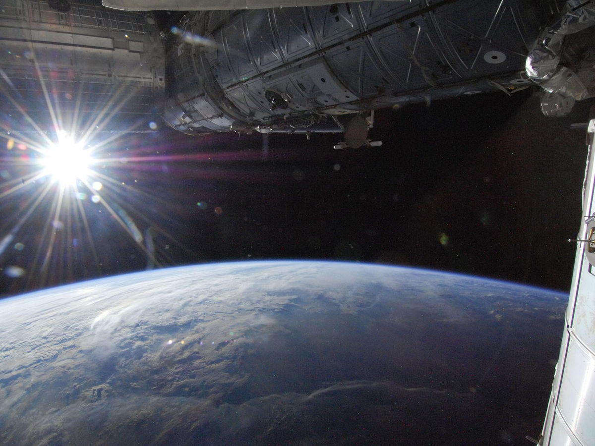 Earth Is Farthest From the Sun for 2013 Today