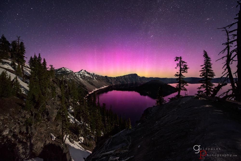 Awe-Inspiring Aurora Dances Over Crater Lake