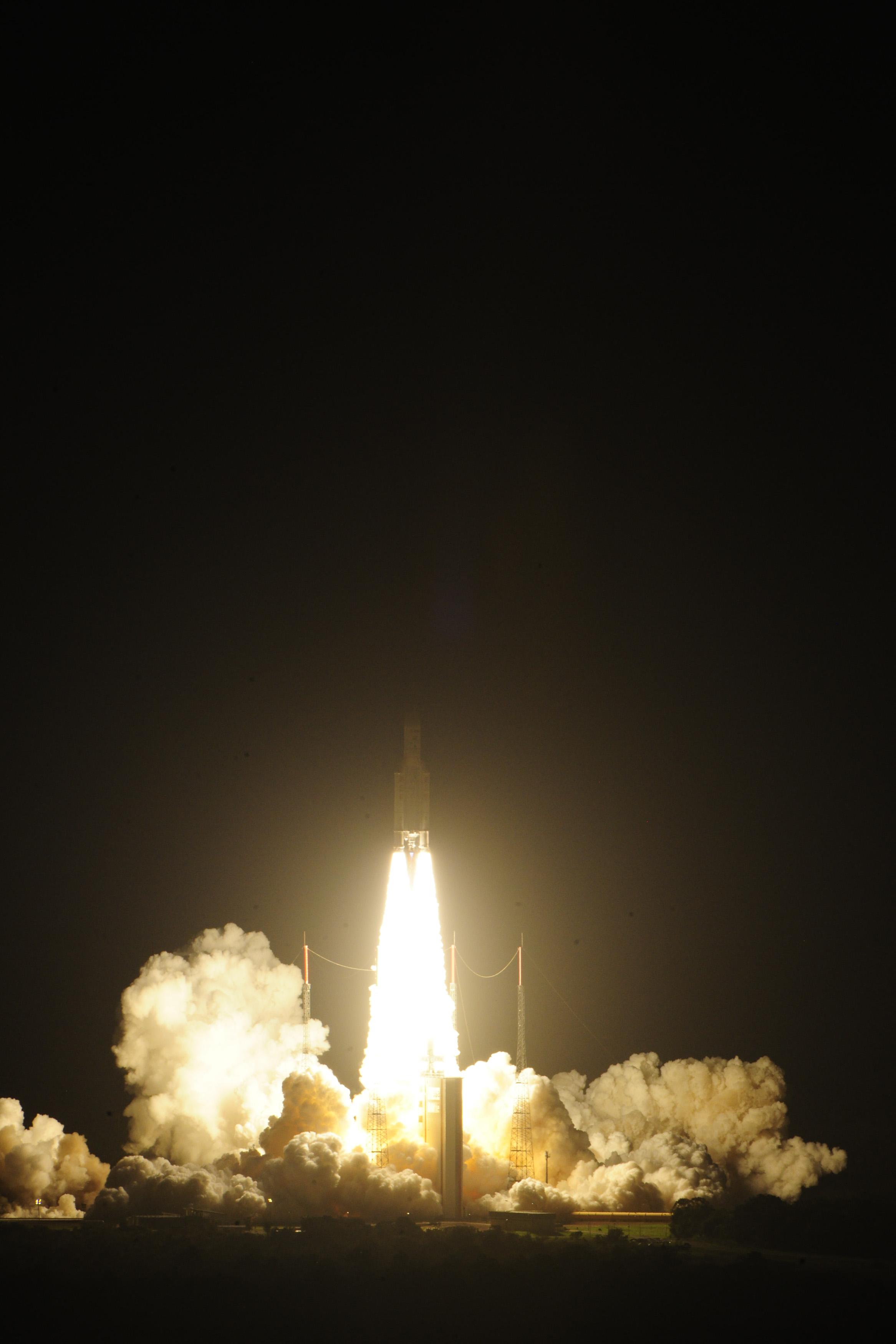 Ariane 5 Lifts Off with ATV-4 Albert Einstein