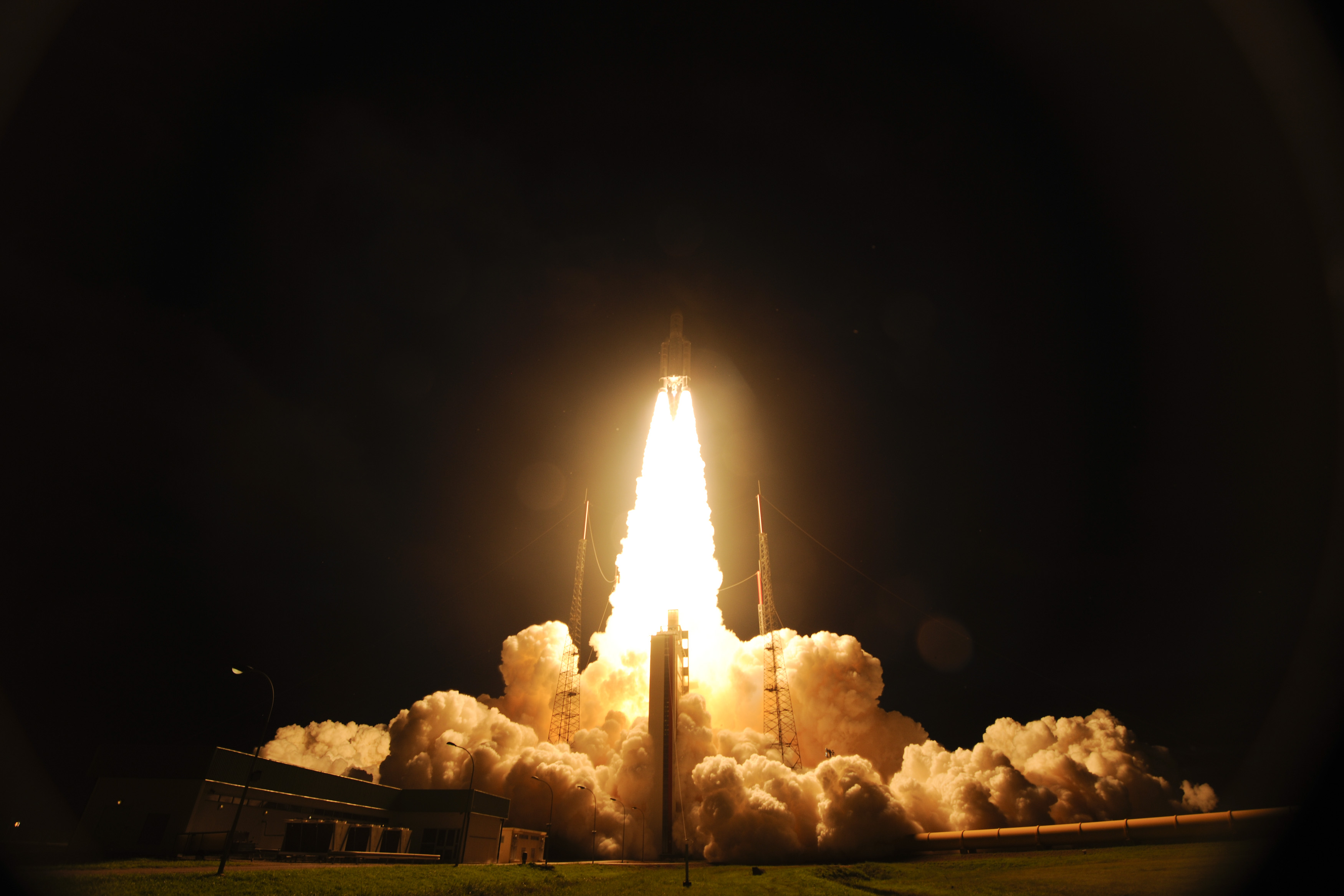 Ariane 5 Begins Flight to ISS with ATV-4