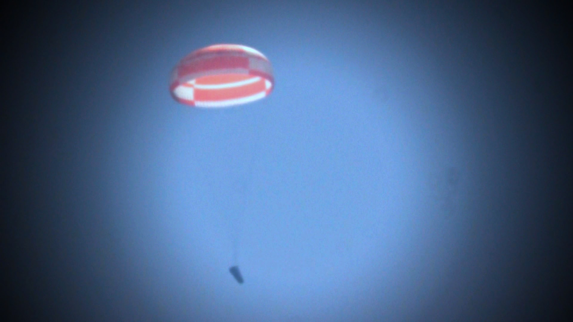 Europe's IXV Spacecraft Drop Test