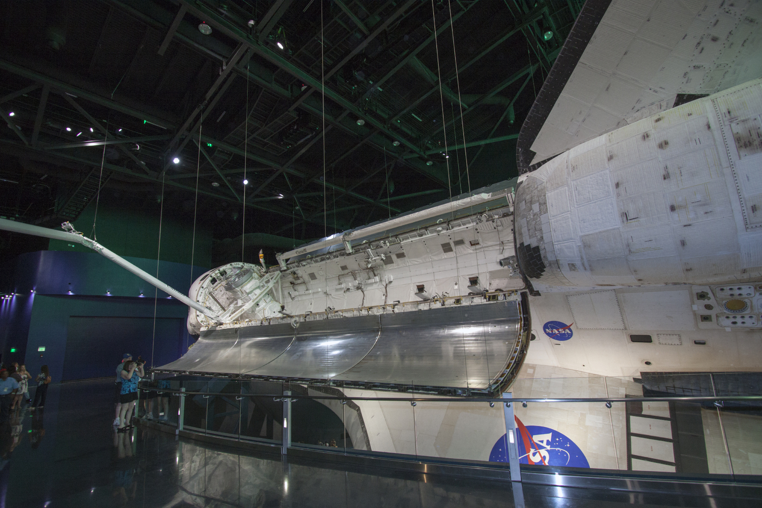 Viewing Shuttle Atlantis