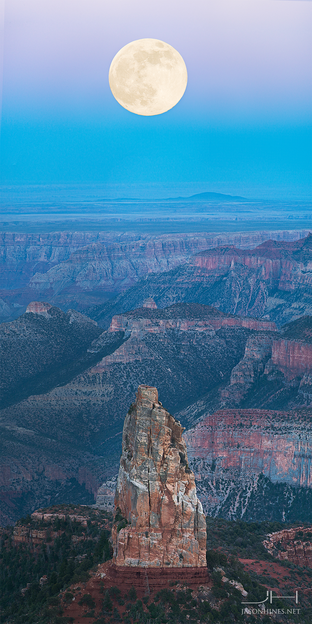 Wow! Stargazer Captures Supermoon Over Grand Canyon (Photo)