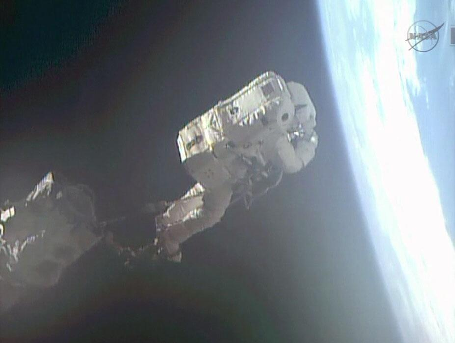 Space Station Astronaut Becomes Italy's 1st Spacewalker