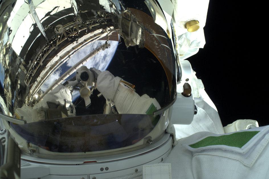 Parmitano Up Close on Spacewalk