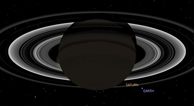 Simulated View of Saturn and Earth Seen by Cassini on July 19, 2013