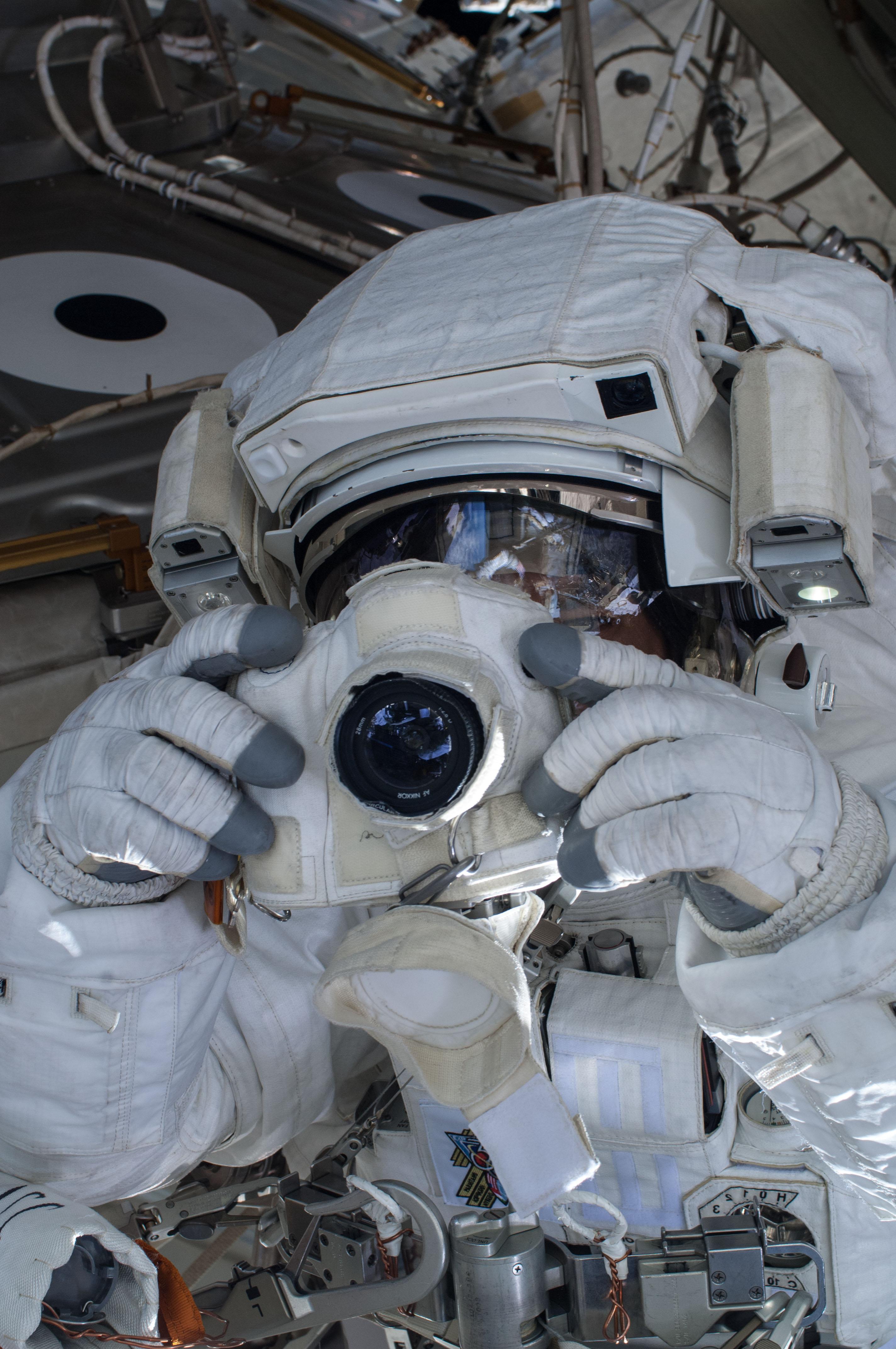 Mission Control Aborts Spacewalk
