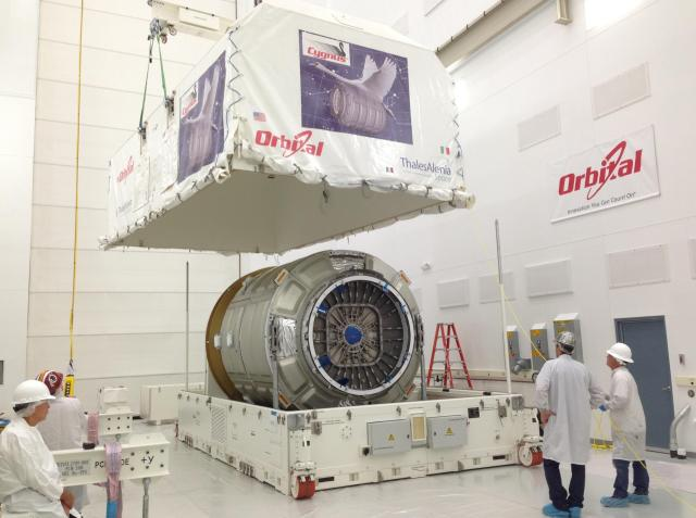 Private Space Cargo Tug Arrives at Virginia Launch Site