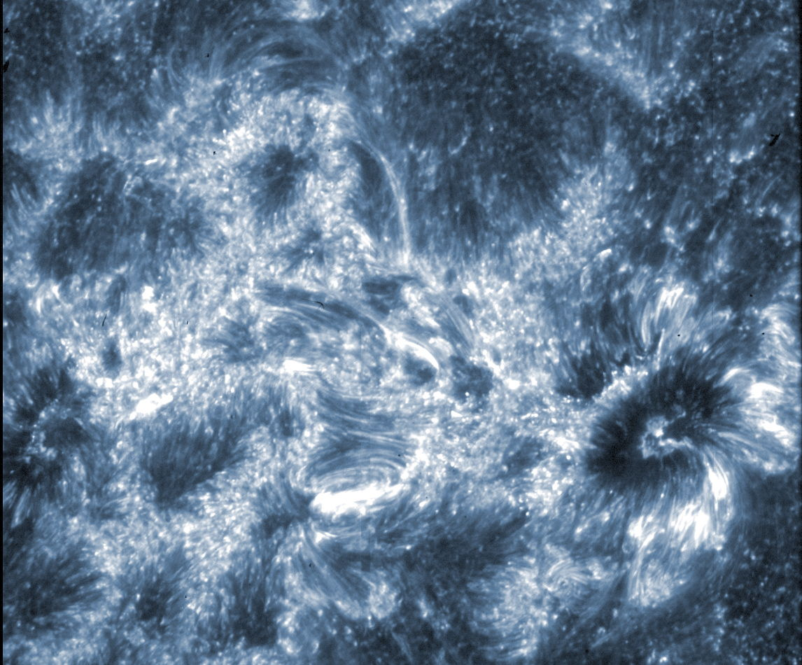 NASA Telescope Snaps 1st Photos of Mystery Region on the Sun