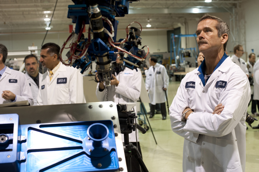 Chris Hadfield Looks at Next-Gen Small Canadarm Prototype