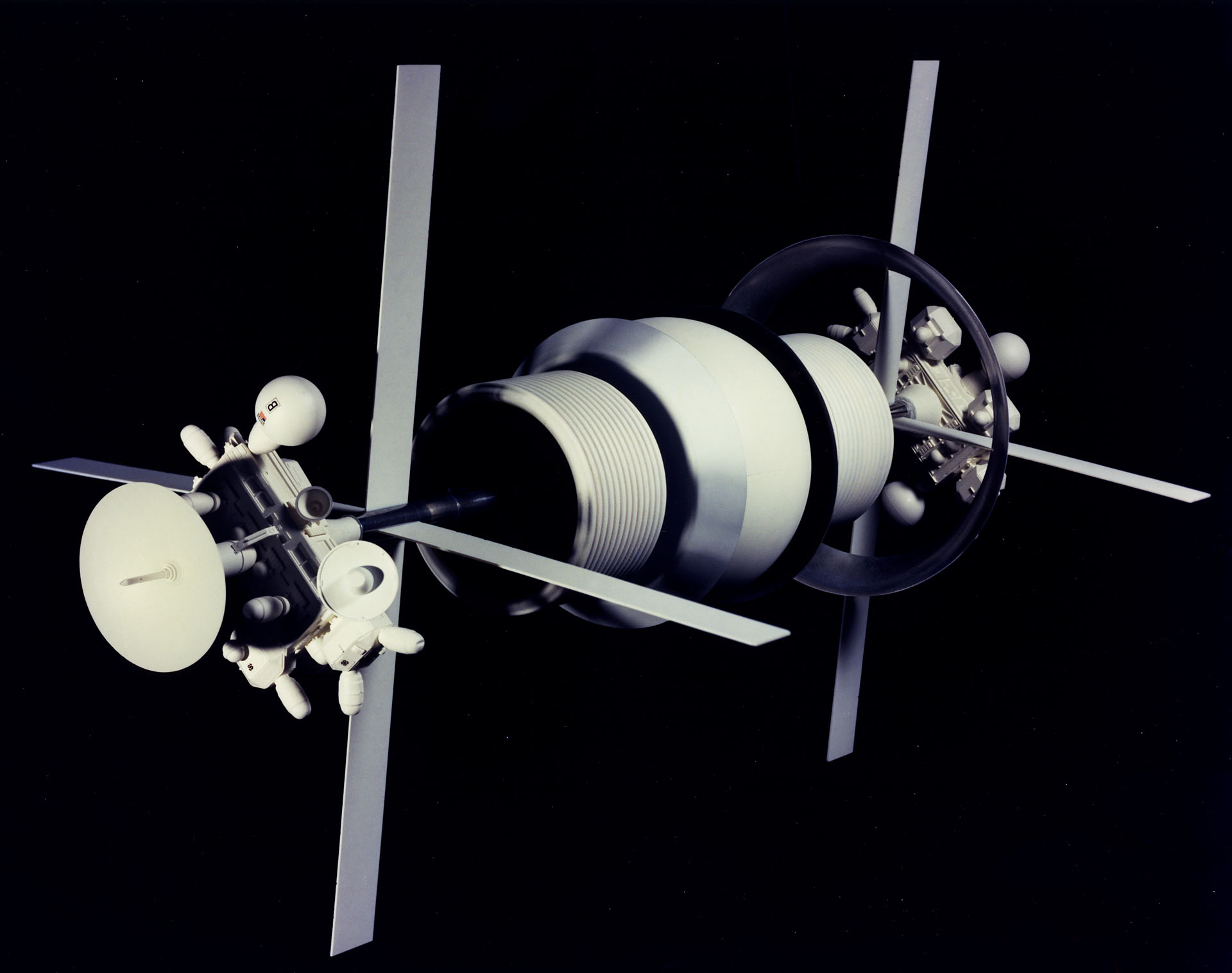 Bernal Spheres Model