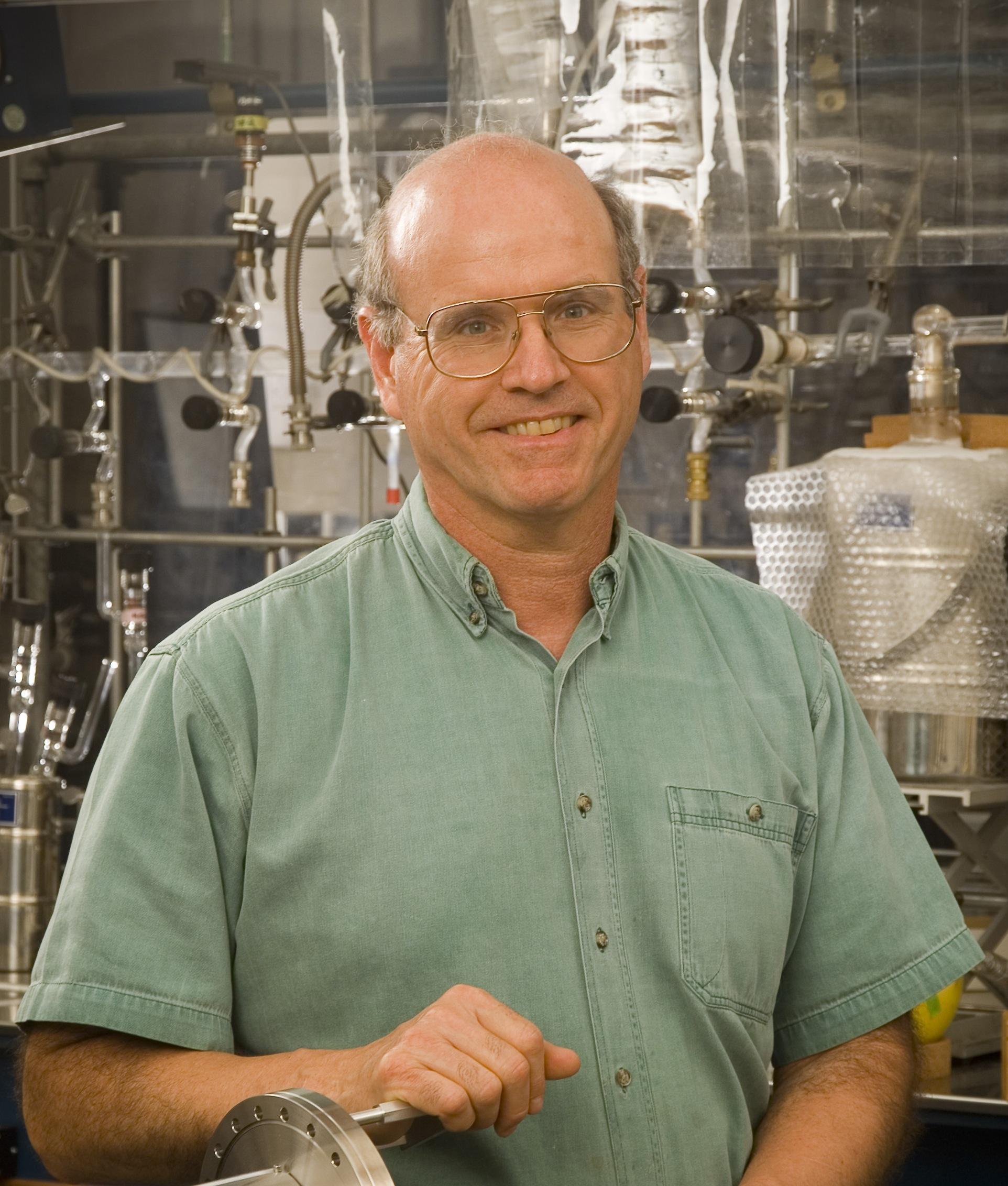 Louis Allamandola, Space Chemist
