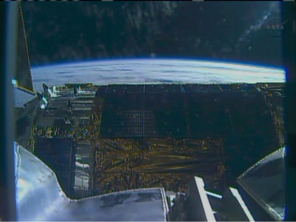 Japan's HTV-4 Cargo Ship: Robot Arm's View