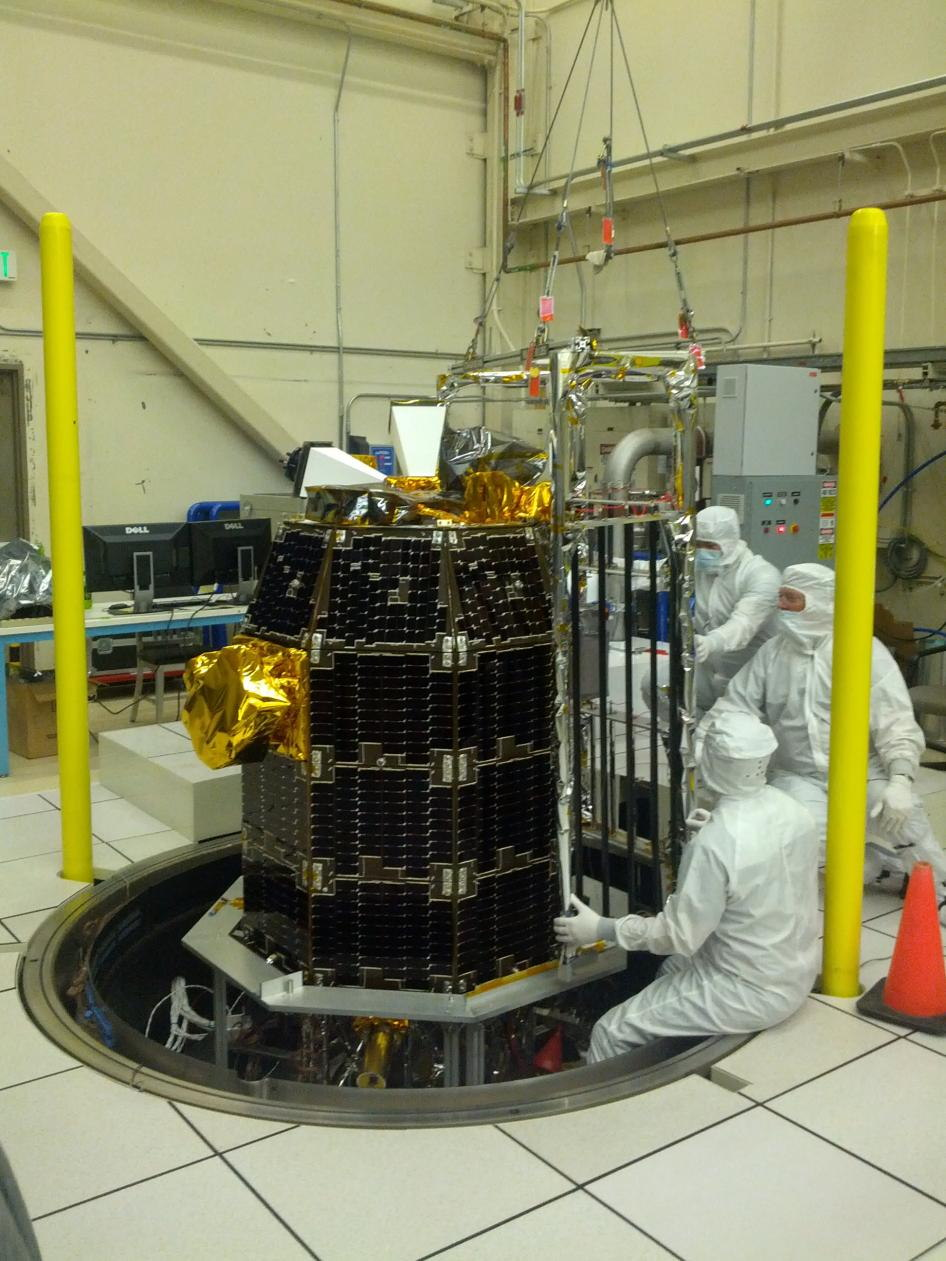 LADEE Thermal Vacuum Preparation