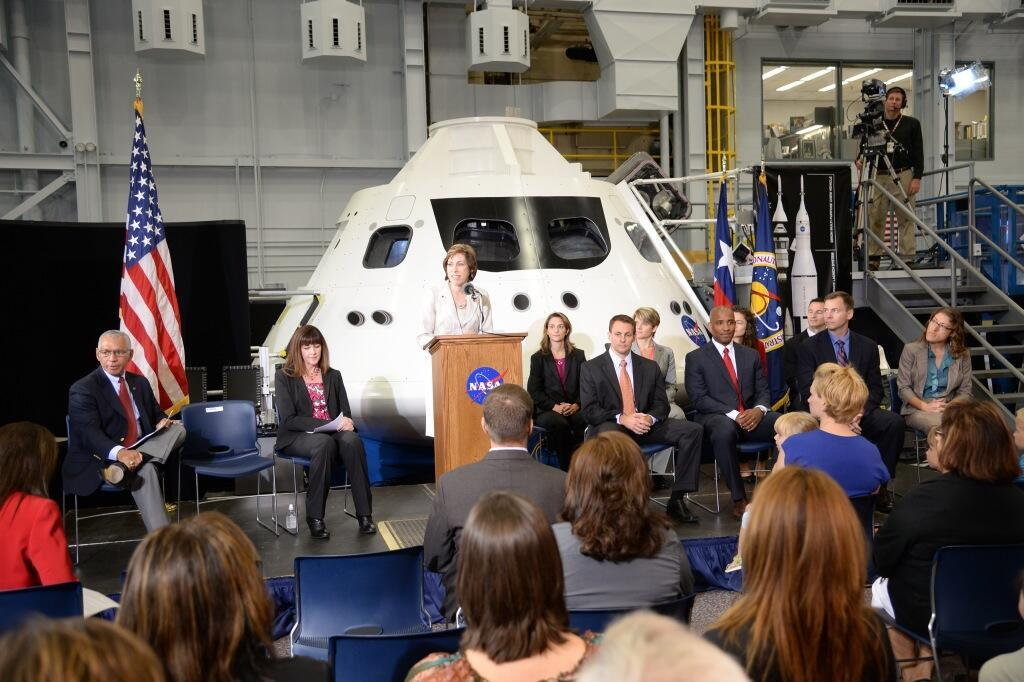Introduction of the 2013 Astronaut Class