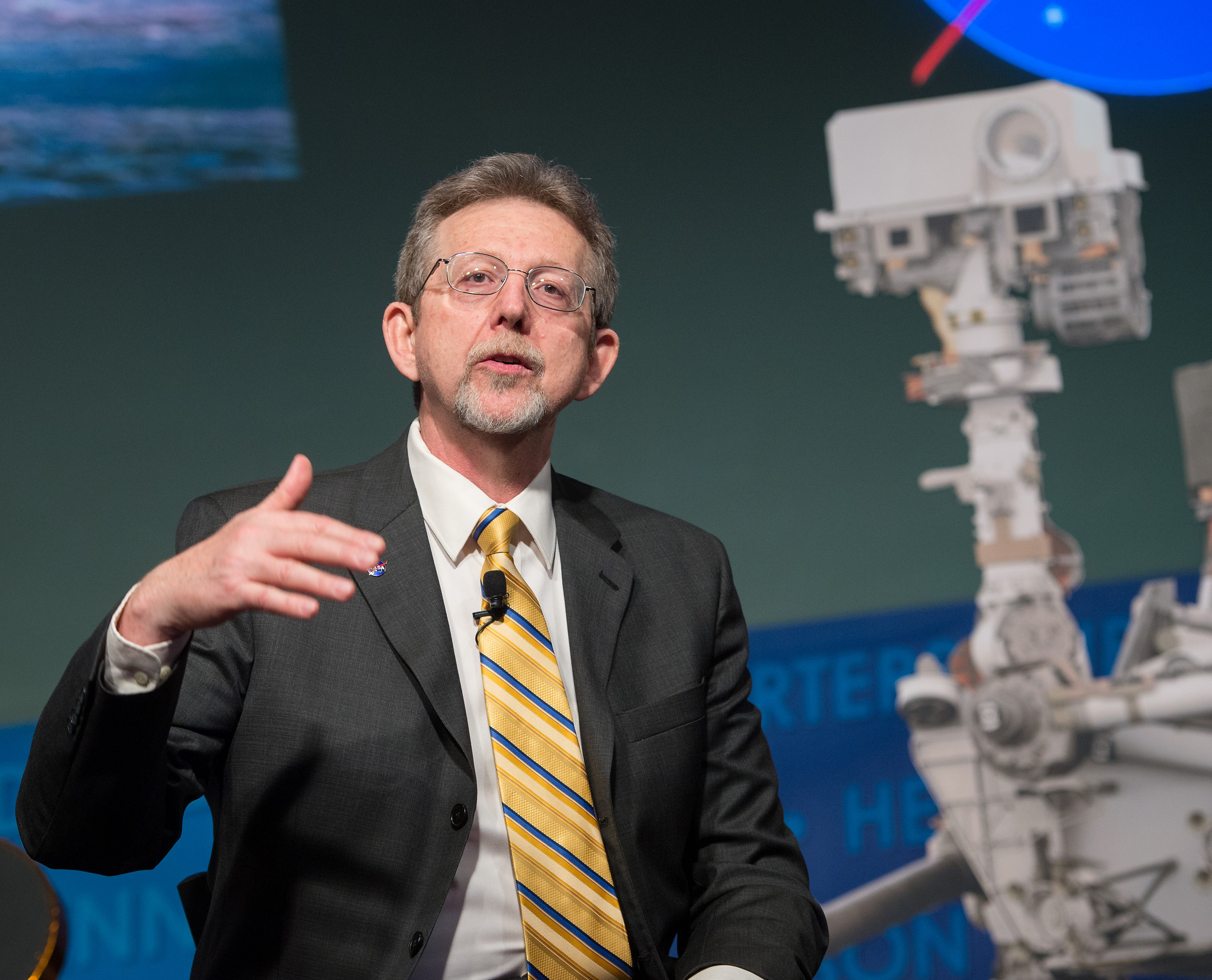 NASA Planetary Division Director Speaks at Curiosity's First Anniversary Event