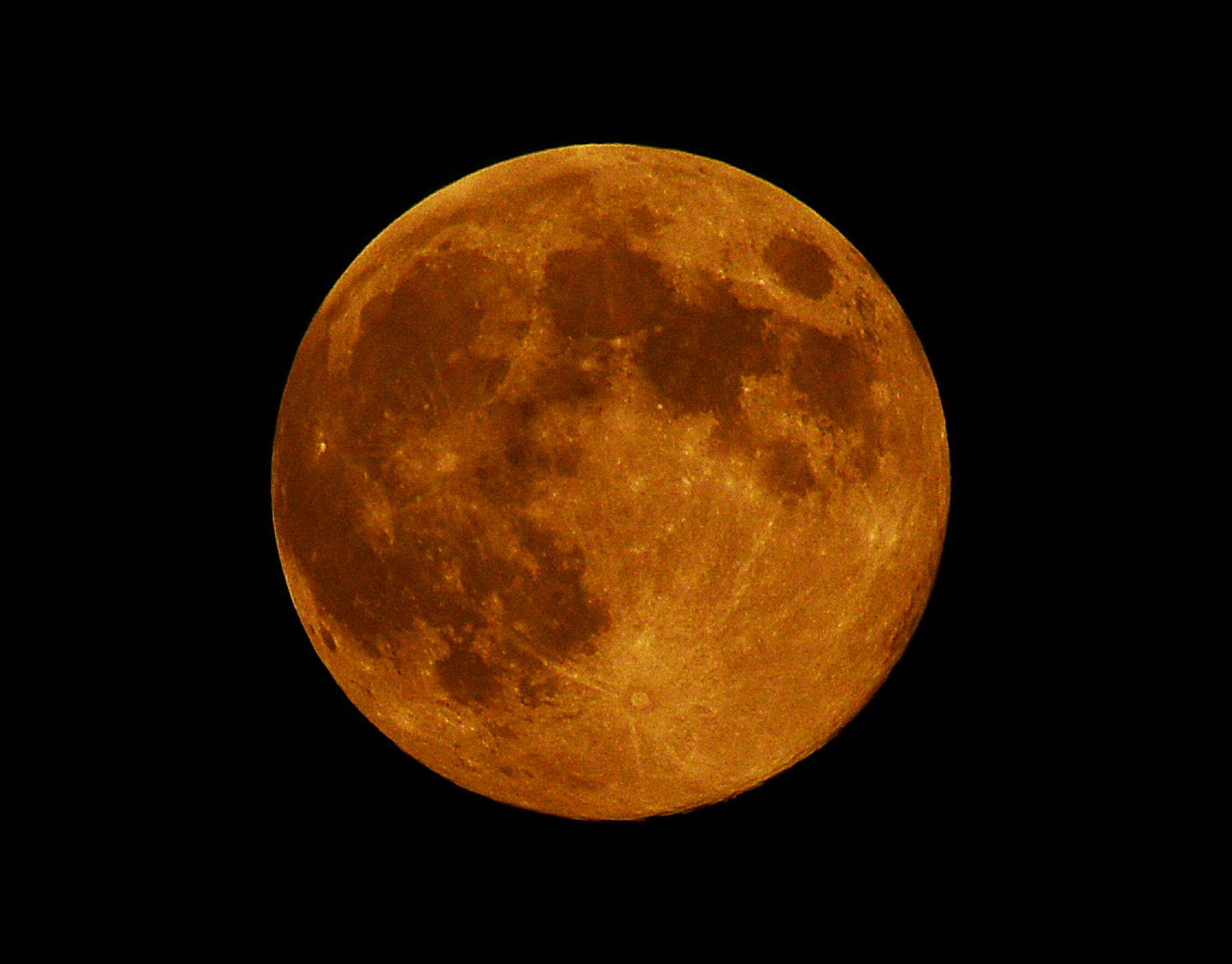 'Blue Moon' Over Connecticut