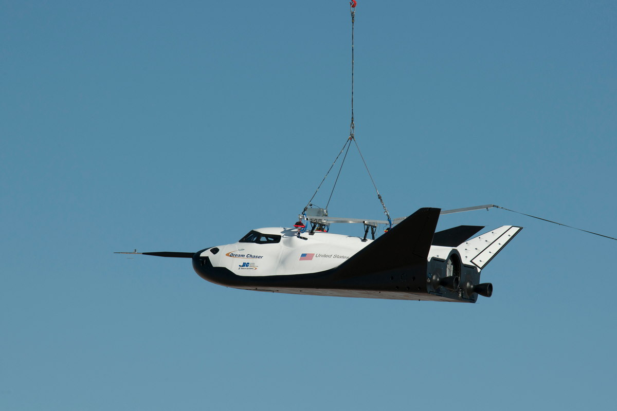 Private Space Plane Suffers Landing Gear Glitch in Drop Test