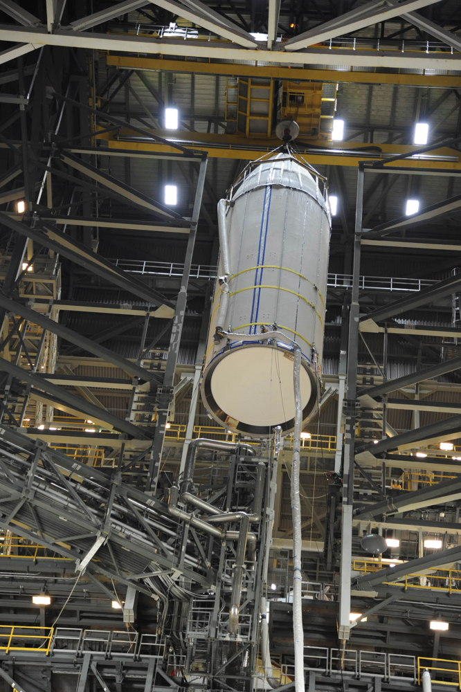 Delta 4 Payload Fairing Lifted
