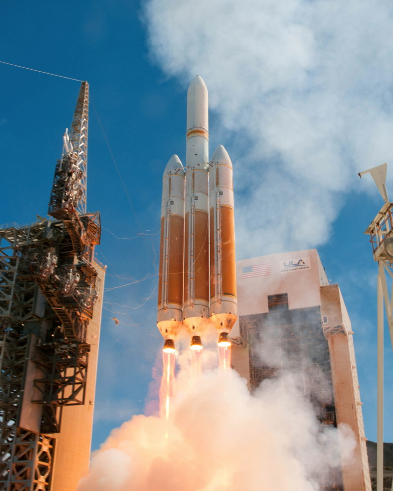 Delta 4 Heavy Rocket Launches Aug. 28, 2013
