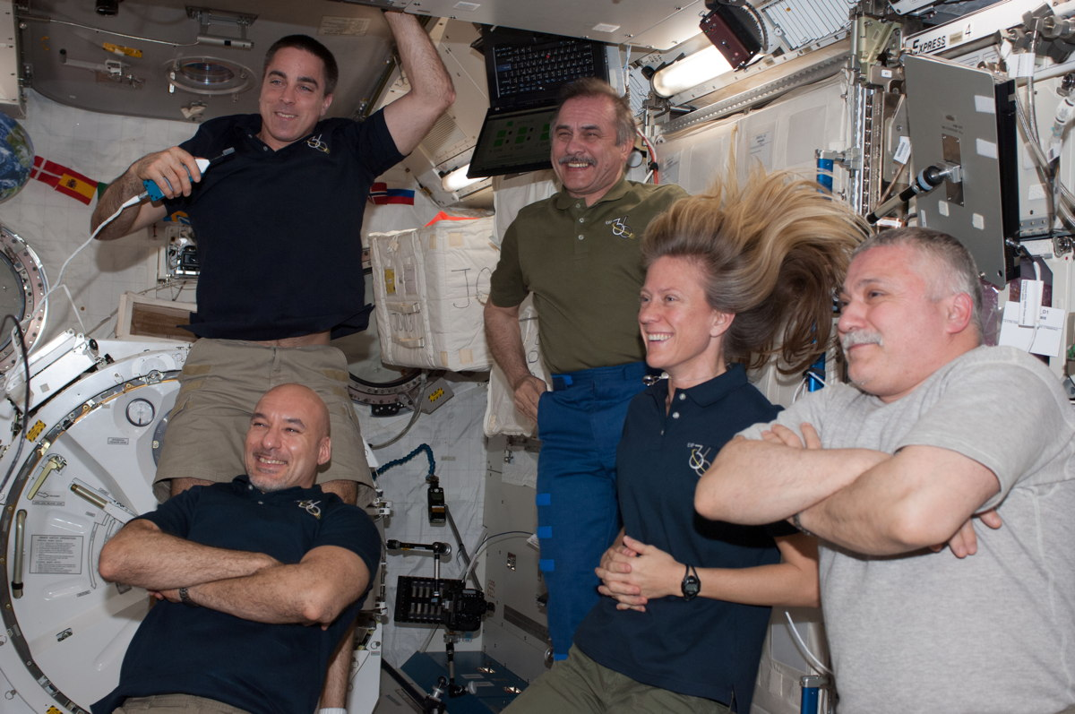 Five Expedition 36 Crew Members