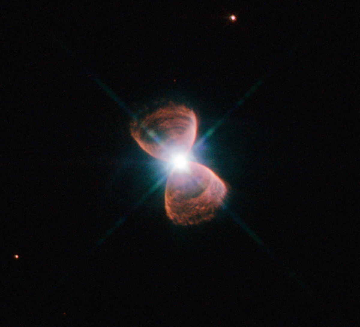Mystery Alignment of Dying Stars Puzzles Scientists