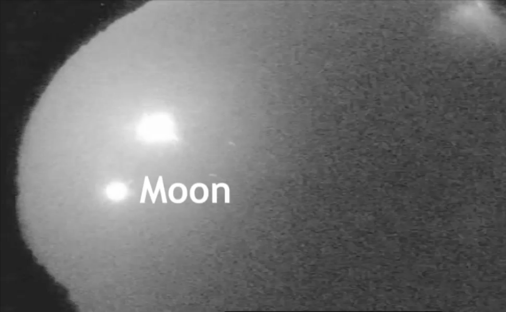 Spectacular Fireball Outshines Moon Over American Southeast (Video)