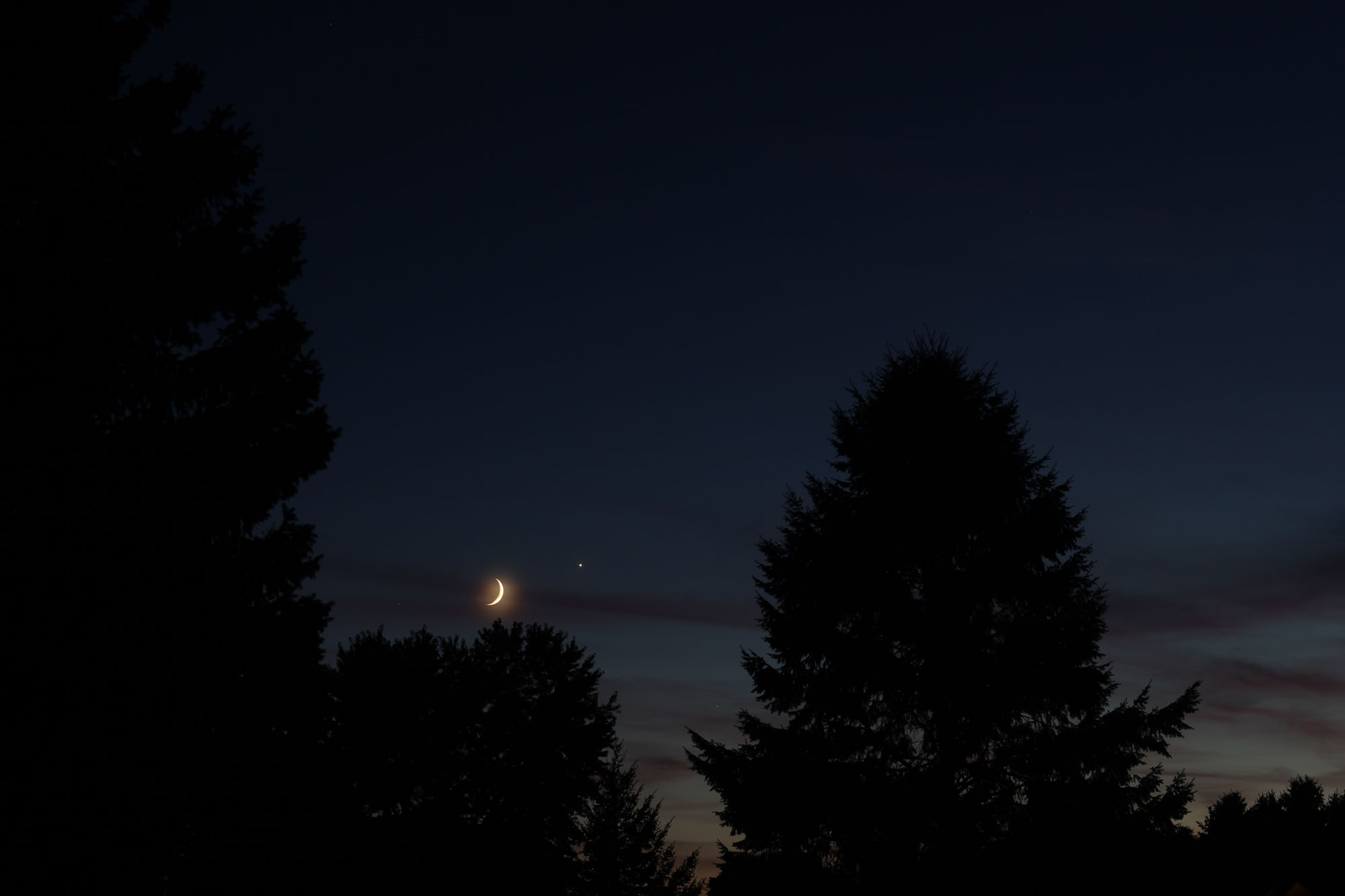 Venus Near Moon on Sept. 8, 2013: Samuel J. Hartman