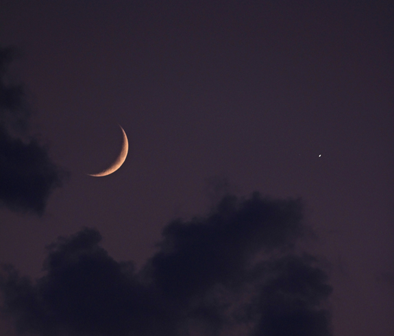 Skywatcher Victor Rogus snapped this view of the moon near Venus on Sept. 8, 2013 from Jadwin, Missouri.