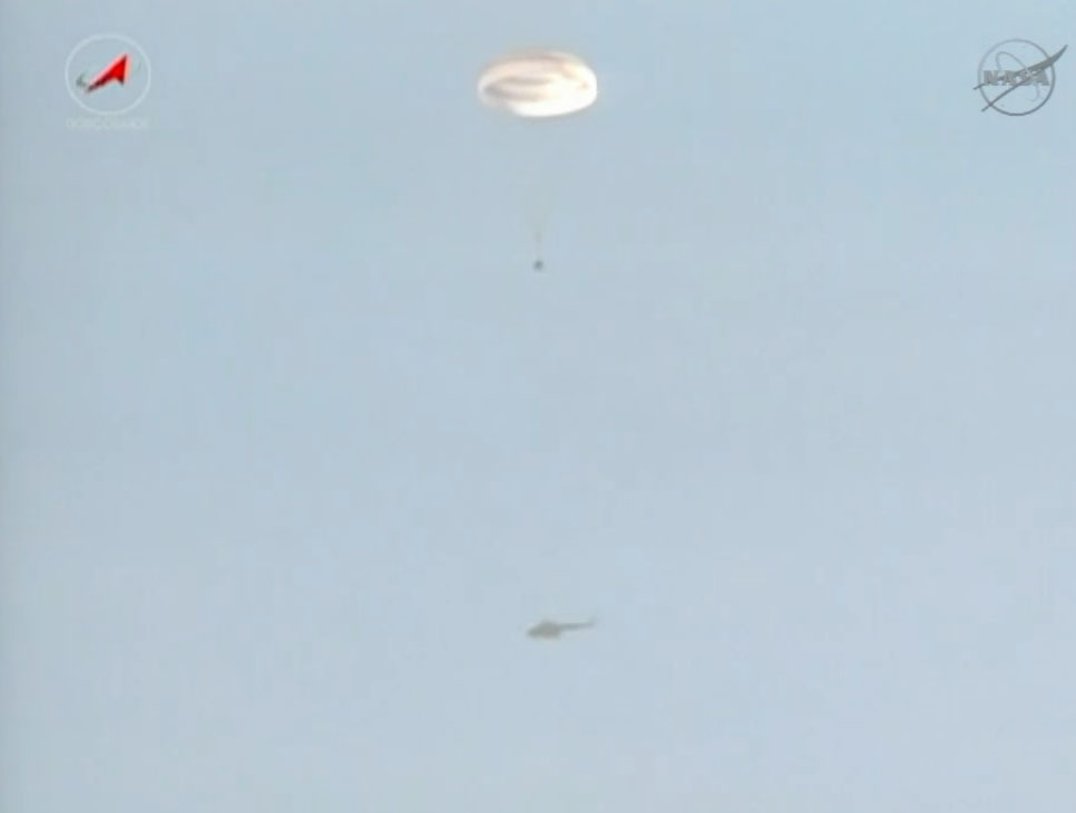 Soyuz Descent: Expedition 36 Landing