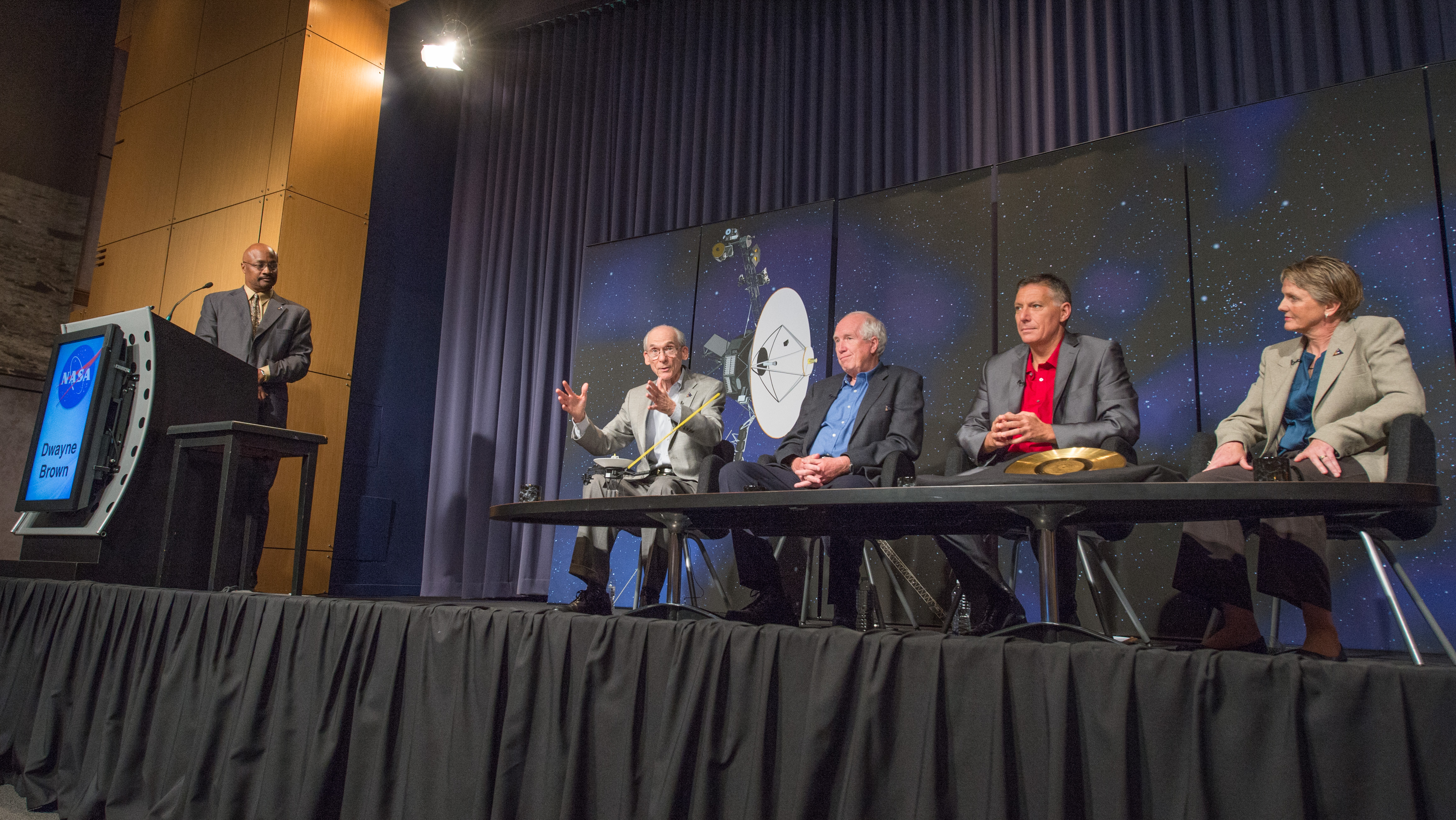Sept. 12, 2013: Voyager Project Scientist Speaks at Press Conference