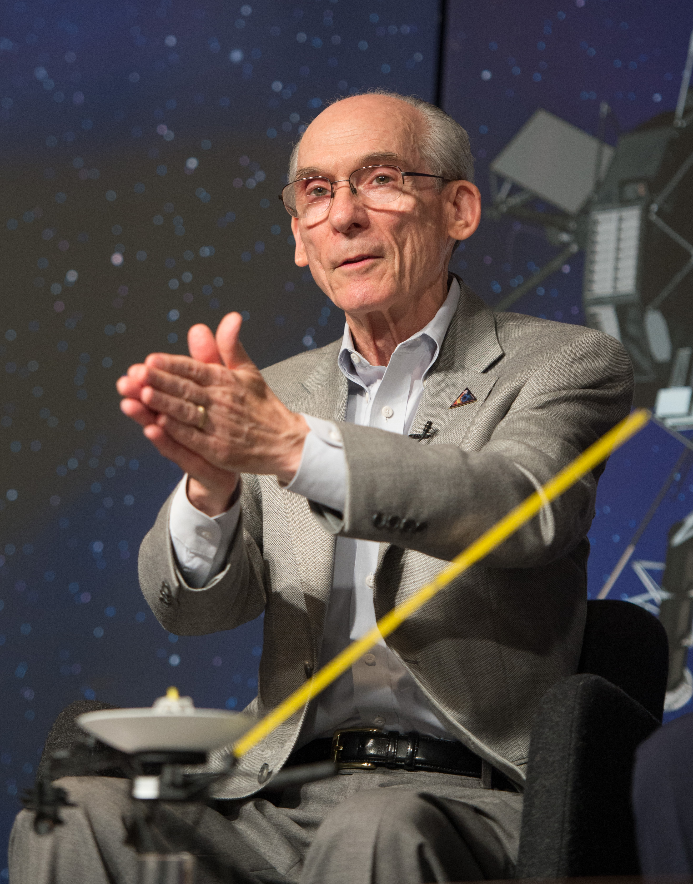 Voyager Project Scientist Ed Stone Speaks at Conference